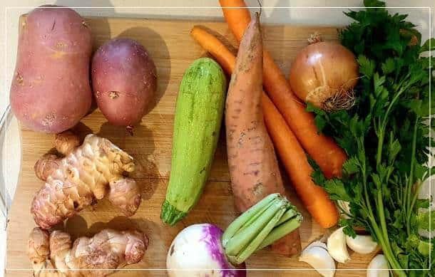 הכנה מרק ירקות עשיר